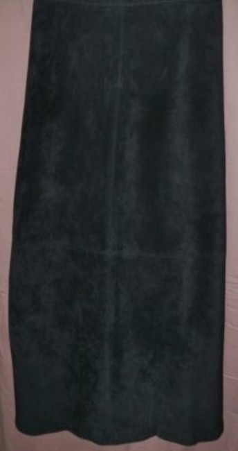 Preload https://item4.tradesy.com/images/brandon-thomas-black-suede-a-line-boot-length-midi-skirt-size-16-xl-plus-0x-36378-0-0.jpg?width=400&height=650