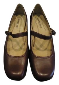 Softspots Brown Leather Pumps