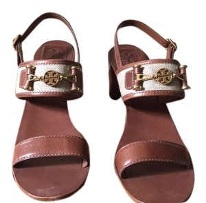 f5949f8ca9d90 Tory Burch Sandals on Sale - Up to 70% off at Tradesy