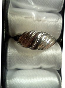Silver plated fashion ring