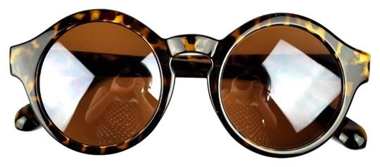 Preload https://item2.tradesy.com/images/leopard-retro-vintage-round-shades-sunglasses-3643111-0-0.jpg?width=440&height=440