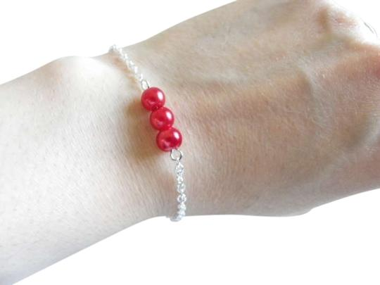 Other red glass pearl bracelet