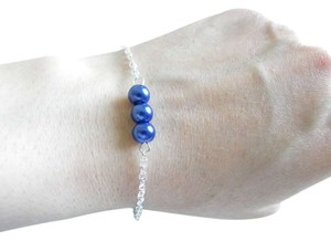 Other blue glass pearl bracelet