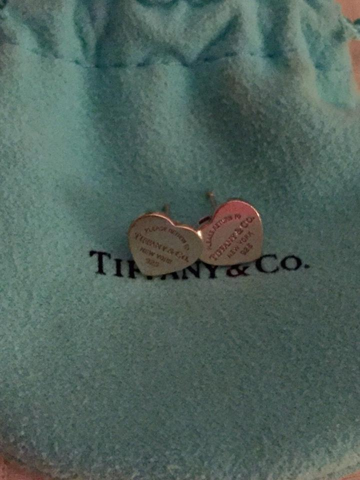 f85c74ab5 Tiffany & Co. Signature Return To Tiffany Mini Heart Tag Earrings Image 0  ...