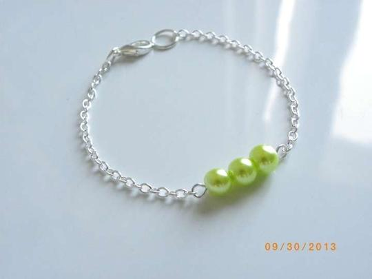 Other green yellow glass pearl chain bracelet