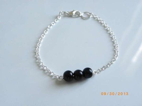 Other black glass pearl chain bracelet