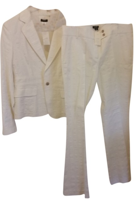 Preload https://item5.tradesy.com/images/jcrew-cream-pant-suit-size-10-m-3648499-0-0.jpg?width=400&height=650