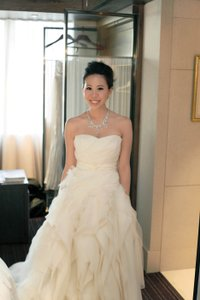 Vera Wang Diana Wedding Dress