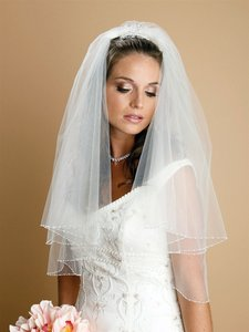 Mariell Ivory Medium Two Tier Circular Cut with Seed Bead and Bugle Bead Edging 885v-i Bridal Veil