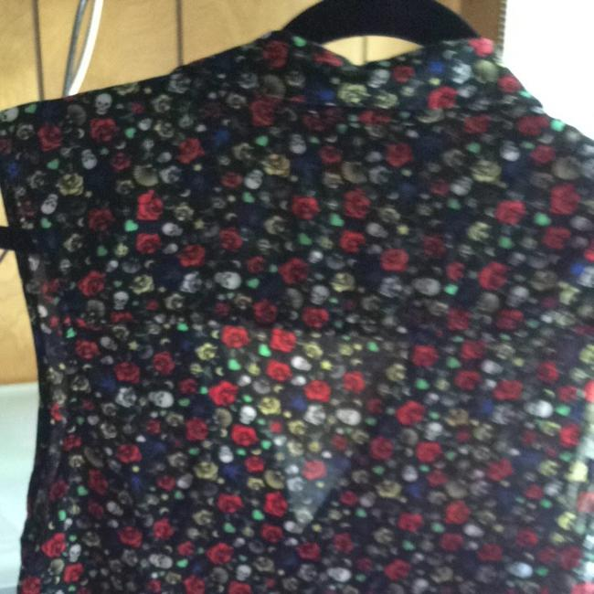 Divided by H&M Top Black With Multi Colors Of Red, White, Yellow, Blue And Green