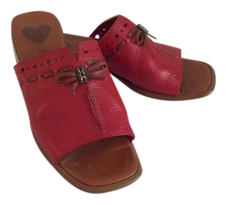 Women's Brighton long Red Mules/Slides Has a long Brighton reputation 3c75e5
