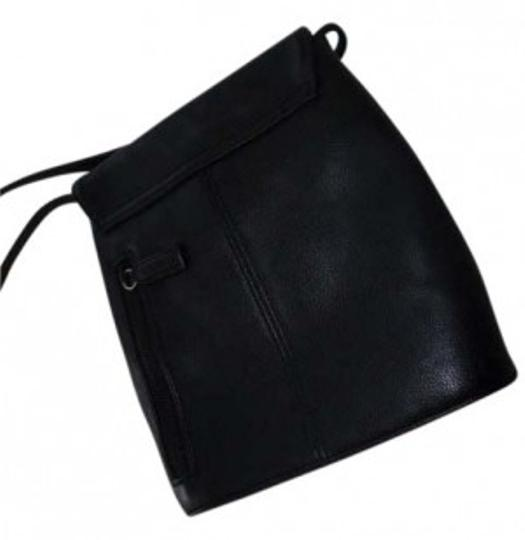 Preload https://item3.tradesy.com/images/nine-west-black-leather-cross-body-bag-36507-0-0.jpg?width=440&height=440