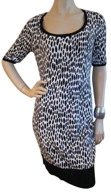Preload https://item1.tradesy.com/images/ann-taylor-leopard-black-print-striped-back-sweater-above-knee-workoffice-dress-size-0-xs-3651625-0-0.jpg?width=400&height=650