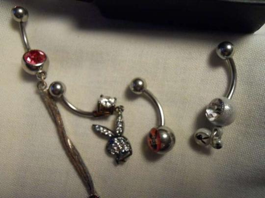 Playboy 5 belly button rings