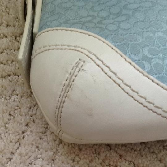 Coach Satchel in White Leather, Light Blue Fabric