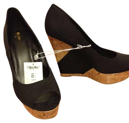 Preload https://img-static.tradesy.com/item/365392/mossimo-supply-co-blackbrown-wedges-size-us-85-0-0-540-540.jpg