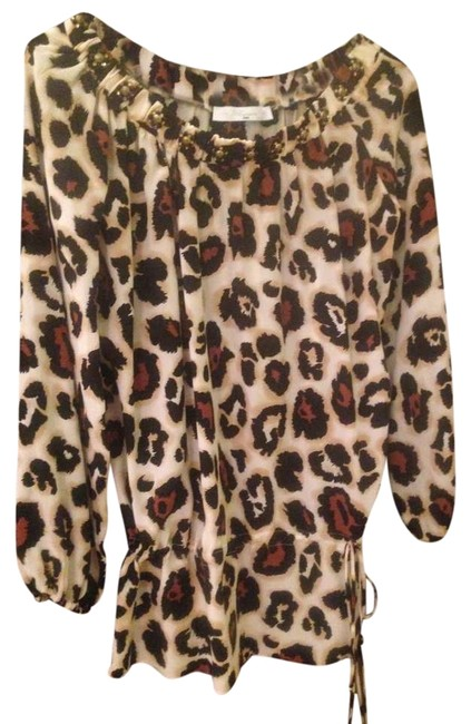 Preload https://item3.tradesy.com/images/blumarine-leopard-blouse-size-6-s-365602-0-0.jpg?width=400&height=650