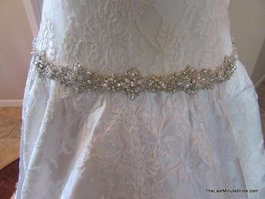 Allure Bridals Ivory / Silver Satin and Lace Applique 9165 Feminine Wedding Dress Size 10 (M) Image 2