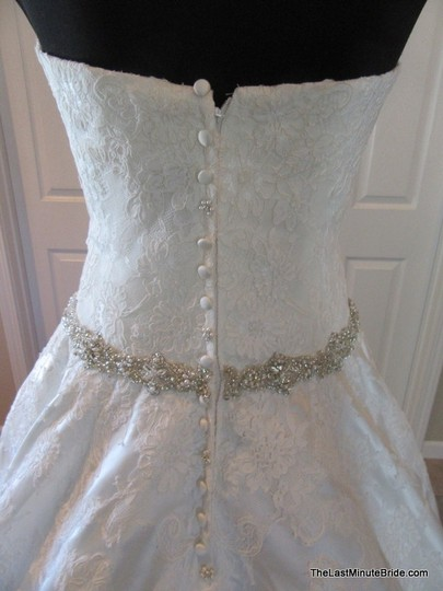Allure Bridals Ivory / Silver Satin and Lace Applique 9165 Feminine Wedding Dress Size 10 (M) Image 7