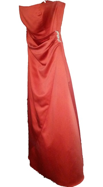 Item - Persimmon Satin 8567 Formal Bridesmaid/Mob Dress Size 10 (M)