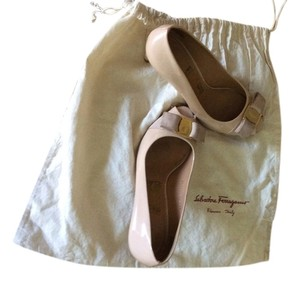 Salvatore Ferragamo Patent Nude Sf Smooth Nude blush Pumps