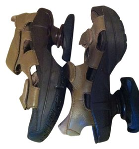 Z-Coil Tan/taupe Sandals