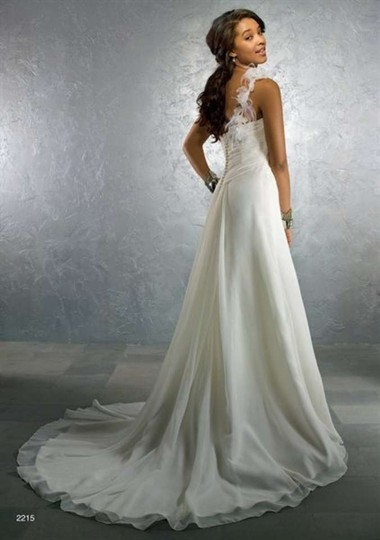 Alfred Angelo 2215 Wedding Dress