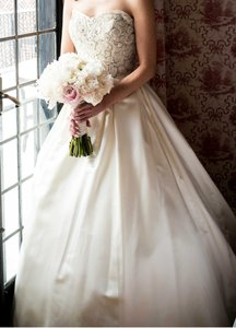 Martina Liana Ivory Duchess Silk Satin 428 Traditional Wedding Dress Size 0 (XS)