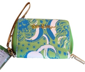 Lilly Pulitzer Wristlet in Multi