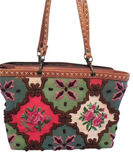 Isabella Fiore Tote in Green,beige,red,pink