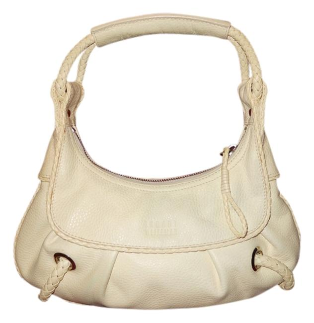 Item - Pebbled Cream Leather Shoulder Bag