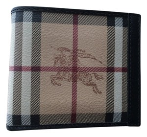 Burberry Classic Burberry checkered wallet