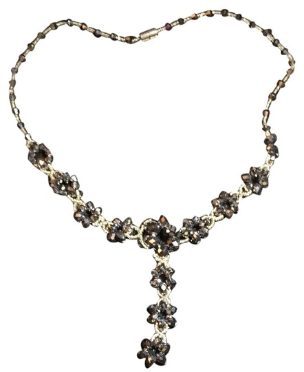 Preload https://item4.tradesy.com/images/other-crystal-necklace-3668833-0-0.jpg?width=440&height=440