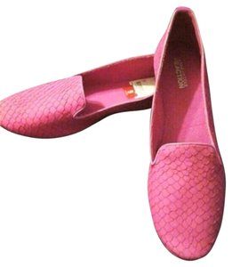 Kenneth Cole Reaction Fuchsia Pink Flats