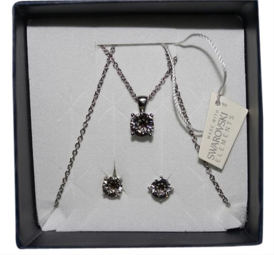 Preload https://item3.tradesy.com/images/other-swarovski-elements-necklace-and-earrings-set-3672082-0-0.jpg?width=440&height=440