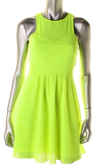 Preload https://item3.tradesy.com/images/dolce-vita-yellow-clubwear-short-casual-dress-size-4-s-3674032-0-0.jpg?width=400&height=650