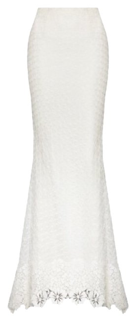 Preload https://item4.tradesy.com/images/alice-olivia-white-cream-and-maxi-size-2-xs-26-3674068-0-0.jpg?width=400&height=650
