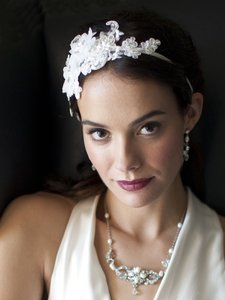 Mariell Luxurious White Lace Applique Wedding Ribbon Headband With Georgette Flowers 4106hb-w