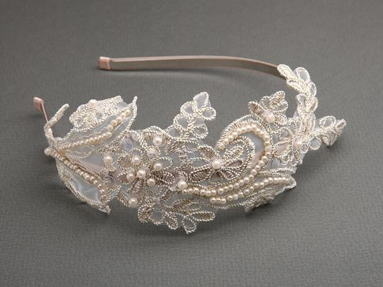 Mariell Vintage Champagne Lace Headband With Pearls & Sequins 3909hb-chg