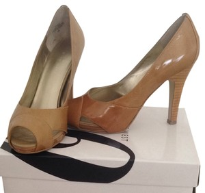 Nine West Gold Patent Leather Pumps