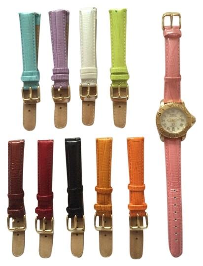 Preload https://item1.tradesy.com/images/invicta-women-s-invicta-goldtone-chronograph-lupah-wildflower-watch-with-interchangeable-straps-style-4397-3675460-0-0.jpg?width=440&height=440