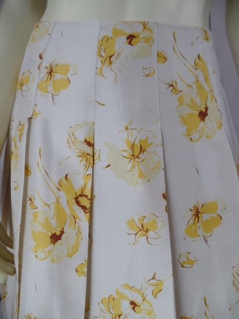 Banana Republic Silk Slub Pleated Summer Side Zip Below Knee Size 0 Lined Skirt Beige Yellow Brown Floral Image 1