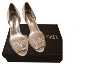 Badgley Mischka Bridal Ivory Crystal Badgley Mischka Wedding Shoes