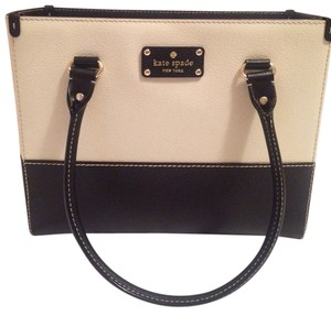 Kate Spade Leather Berkeley Quinn White Tote in Black and Porcelain