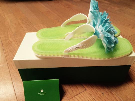 Kate Spade Lime Green with Blue Punch Flower Flats