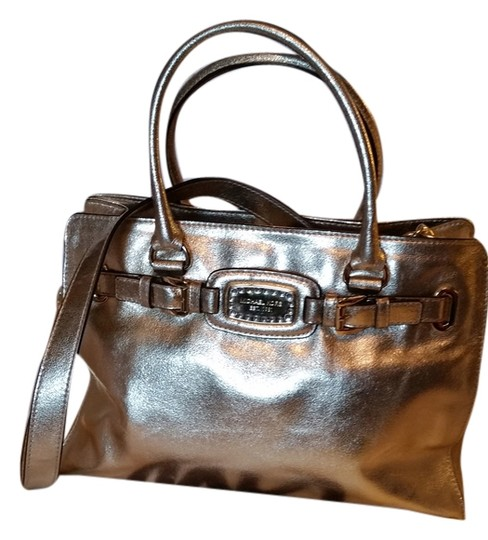 Preload https://item1.tradesy.com/images/michael-kors-bronze-leather-shoulder-bag-3680965-0-0.jpg?width=440&height=440
