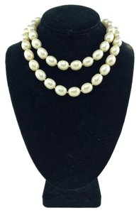 Chanel Chanel White Faux Pearl Necklace