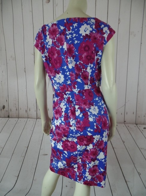 Donna Ricco short dress Magenta Pink Blue White Floral Sheath Stretchy New With Tags Cap Sleeves Back Zip V-neck Retro on Tradesy