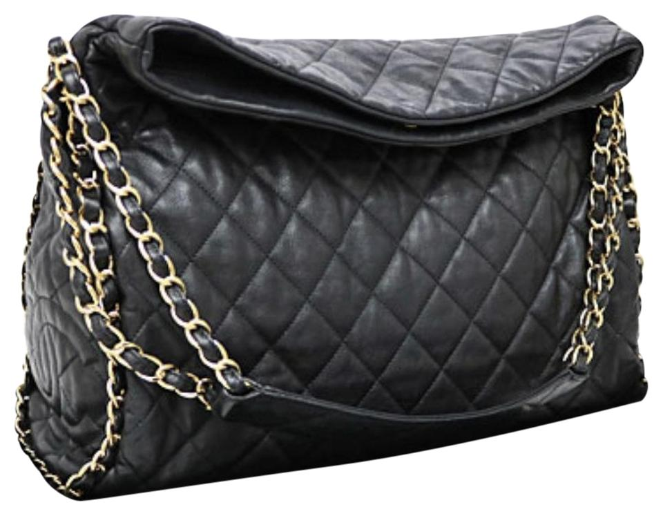cff4cde17273 Chanel Tote Hobo Jumbo Quilted Ultimate Soft Chain Around Black Calfskin Leather  Shoulder Bag