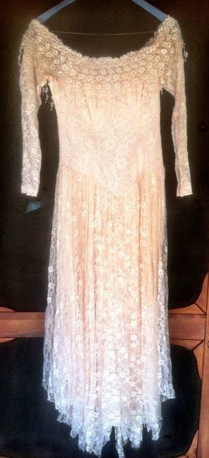 Item - Pale Peach Lace Vintage Wedding Dress Size 4 (S)